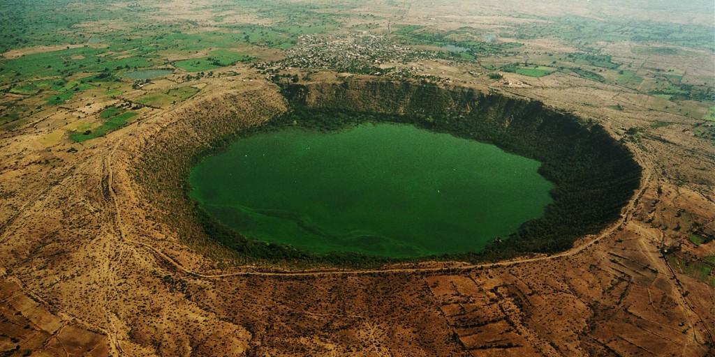 Cratère de Lonar dans l'État de Maharashtra en Inde